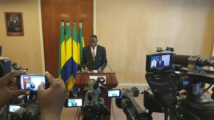 Lambert Noël Matha, ministre gabonais de l'Intérieur
